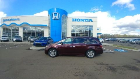Pre-Owned 2011 Honda Odyssey Touring